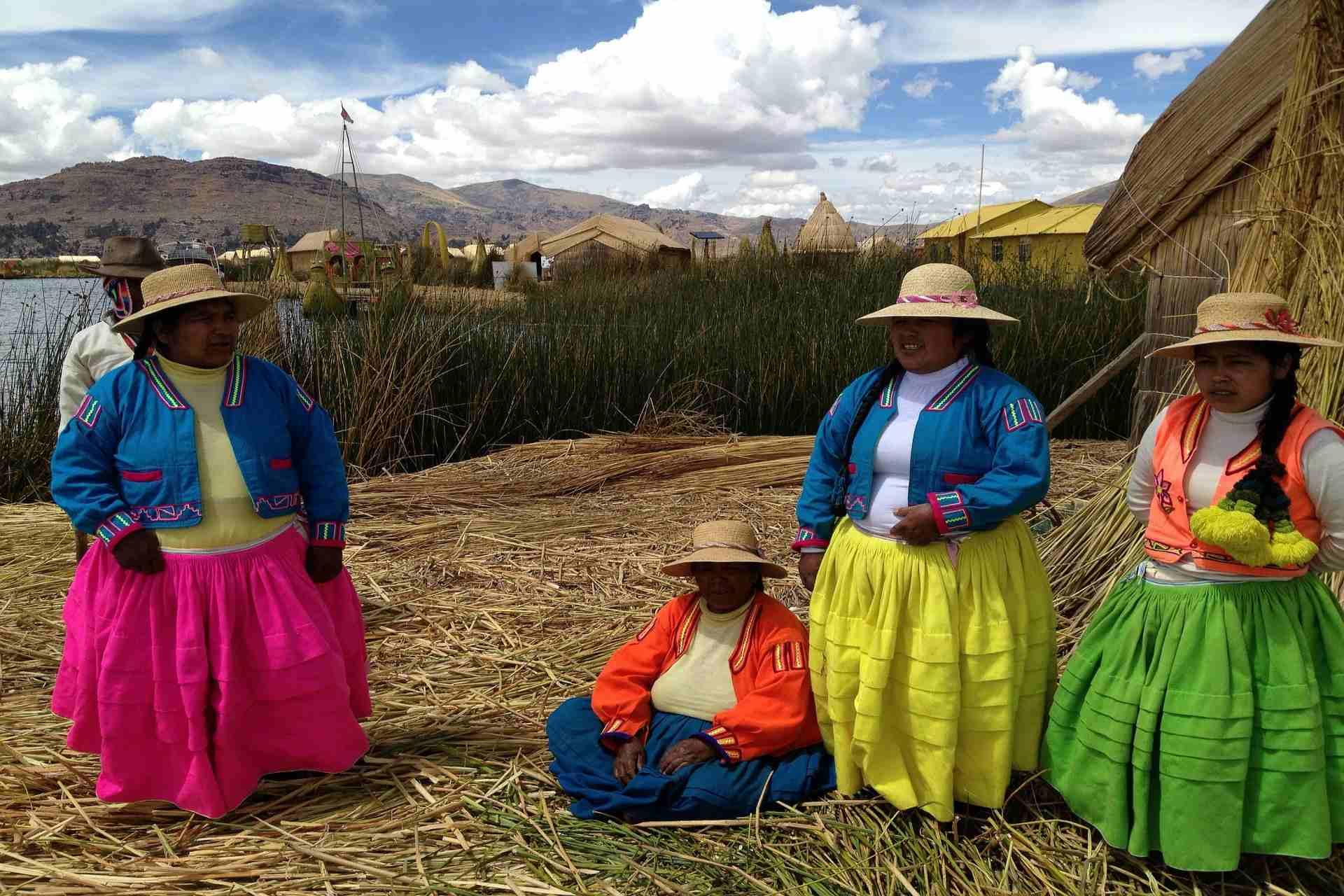 Das Uros Volk in Peru