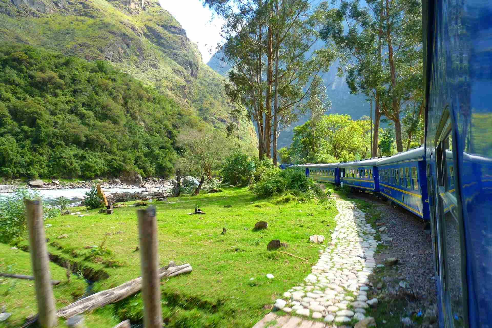 Zug zum Machu Picchu